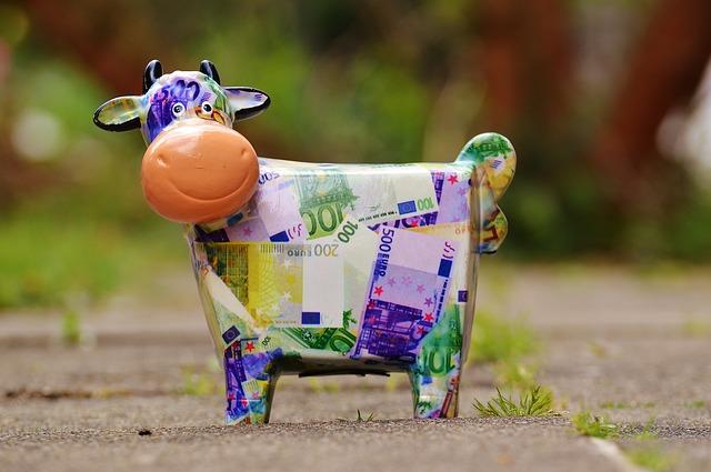 cow-1357210_640