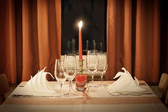 table-decoration-1449232_640