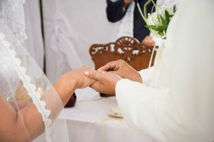 marriage-447320_1280